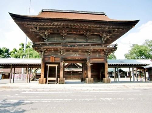 愛知県 尾張大國霊神社 桜門