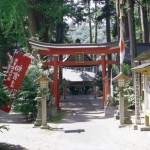 秋田県大仙市の安産祈願 – 唐松神社 (からまつじんじゃ)
